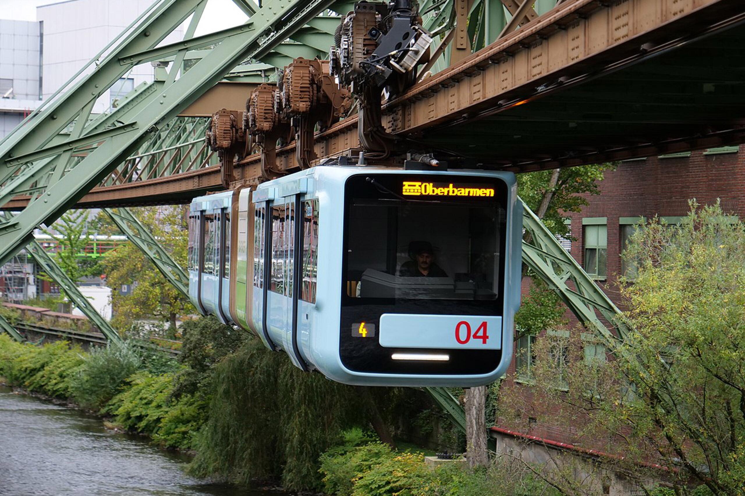 Wuppertaler Schwebebahn, Foto: Leonhard Lenz